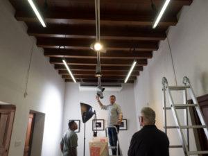 Adjusting lighting